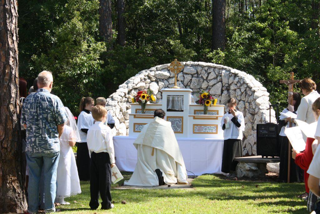 Bringing Back the Eucharistic Procession